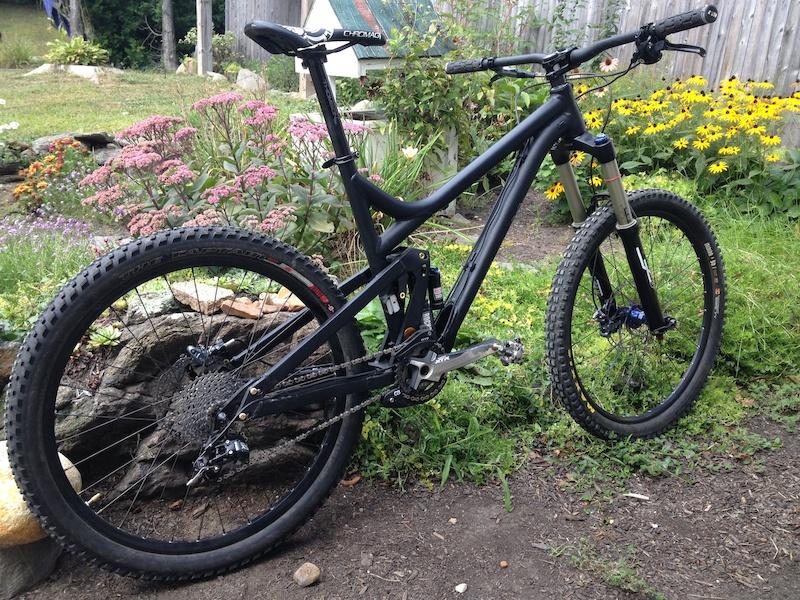 one bike to do it all versus trail bike and downhill bike-roam1.jpg