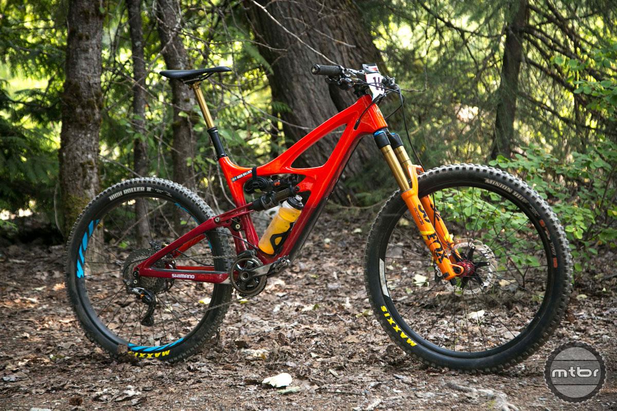 Rebound >> Robin Wallner's Ibis Mojo HD4 enduro bike- Mtbr.com