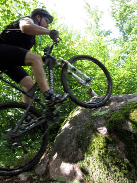 "29"" action shots.-roche-rocks.jpg"