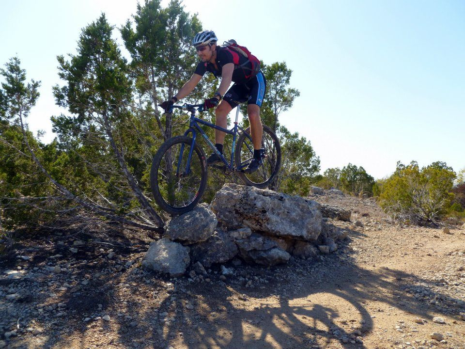 Action pics of Rigids on technical terrain-rock-feature-pace-bend.jpg