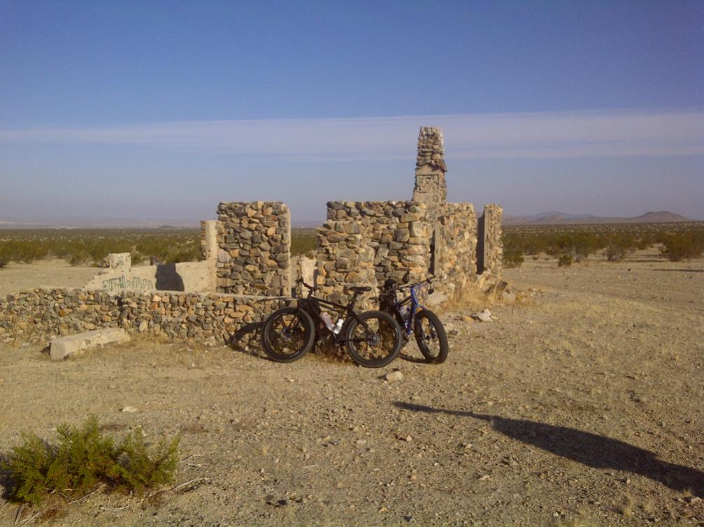 So Cal Fat Bike riders?-rock-house.jpg