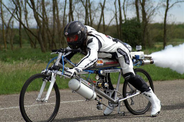OK, It's Not Really a Bicycle...-rocket-powered-bicycle-francois-gissy.jpg