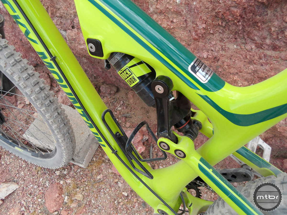 Here's a good view of the new wrap-around, one piece swing link that helps stiffen up the rear end which has been one of Rocky Mountain's weaknesses in previous years. The Ride 9 chip on the front shock mount can be moved in any one of 9 different positions to change geometry. This one is set in a medium to moderately slack position.