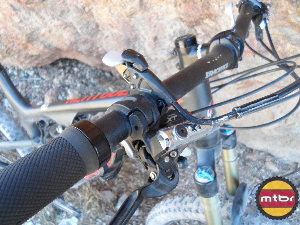 Rocky Mountain Altitude - bar mounted remote