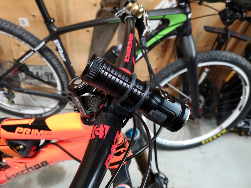 Flash light bike mounts-rofis-mr70.jpg