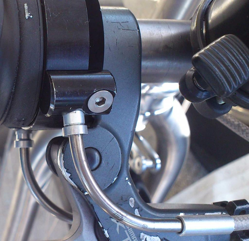 Rohloff Cable Housing-rohloff-shifter-noodle-top-front-vu.jpg