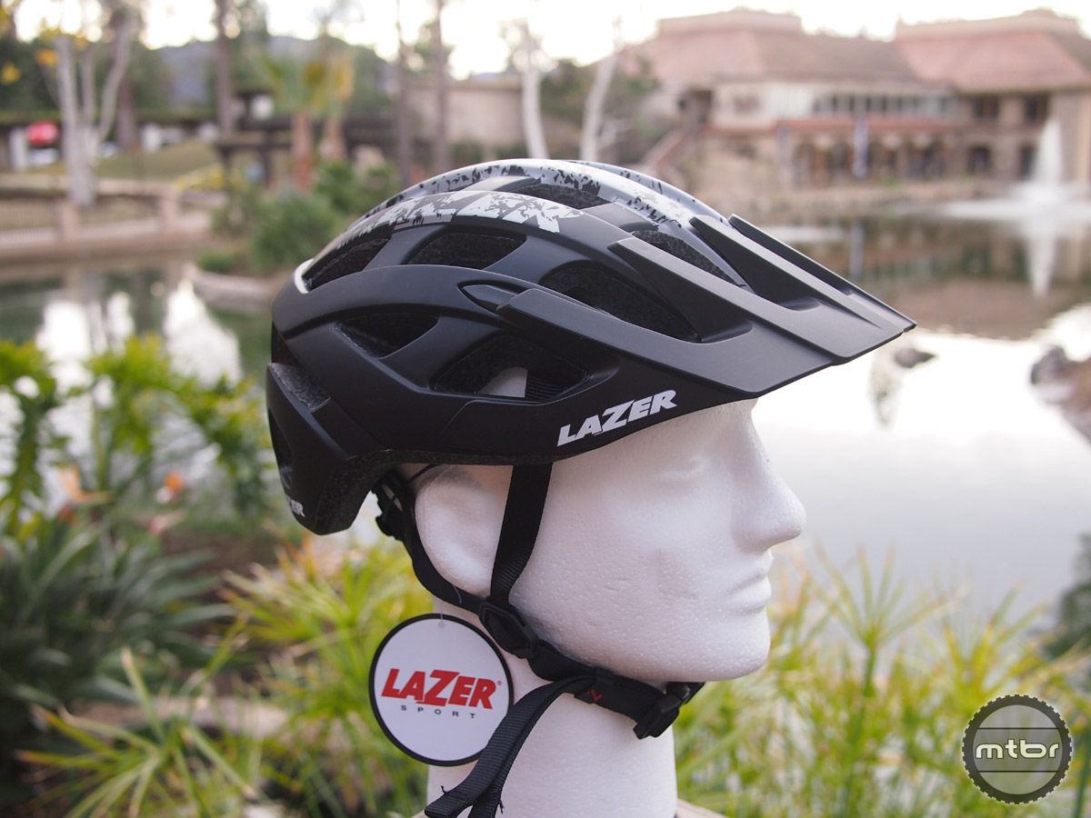 The all new Roller helmet provides quality features and comfort at an affordable price.