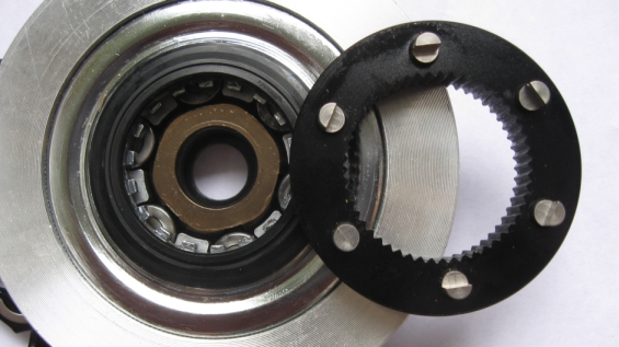 alfine 11 speed w/ roller brake-rollerbrakcenterlock_kl.jpg