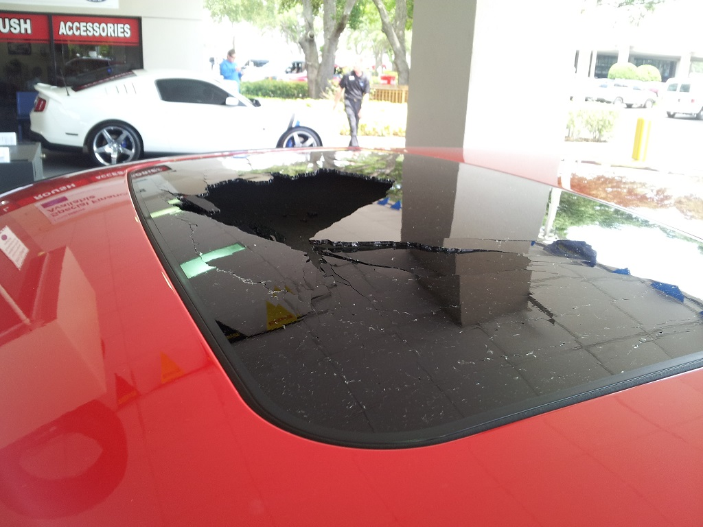 Anyone have the new Fiesta ST yet?-roof.jpg