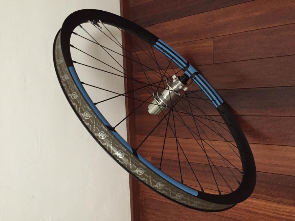 (Cheap) Chinese Carbon Rims?-roue-arri-re.jpg