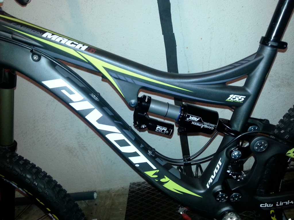 Zigzag's Mach 6 build from France and new cable routing-routing-cable-cadre.jpg