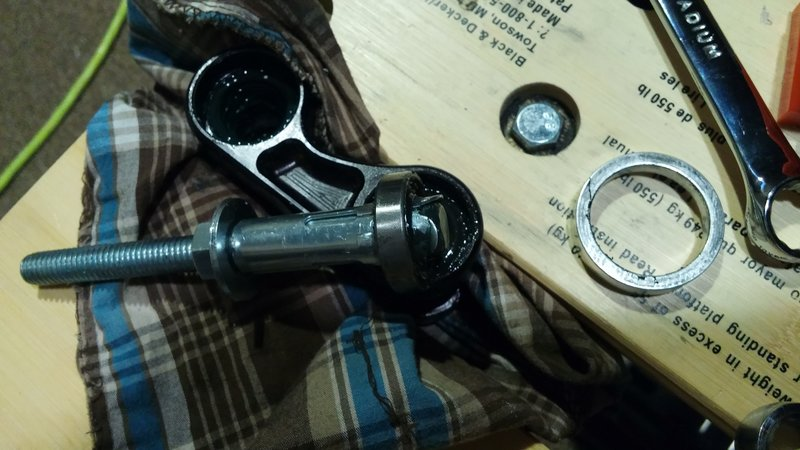 DiY blind bearing puller-rsz_20160926_222329.jpg