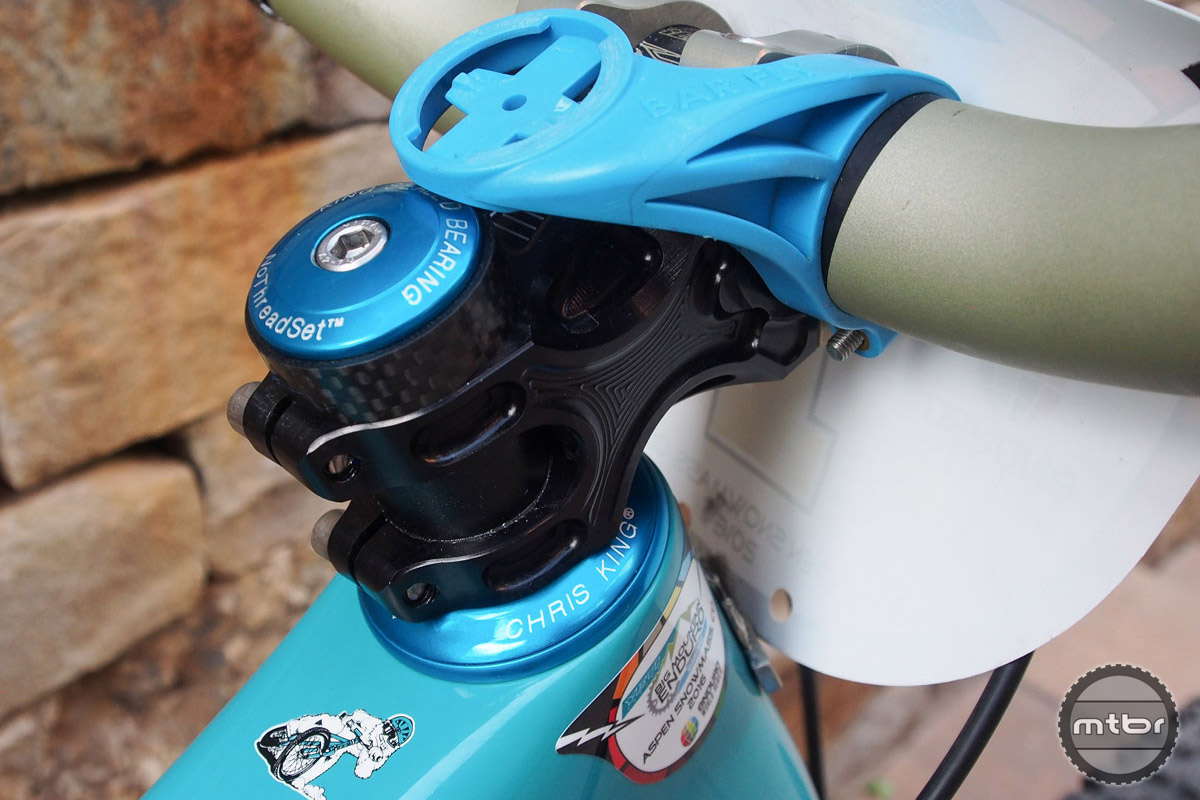 Bars are held in place by a 60mm Renthal Apex stem with no spacers. The Bar Fly mount keeps Rude's GPS out of harms way.