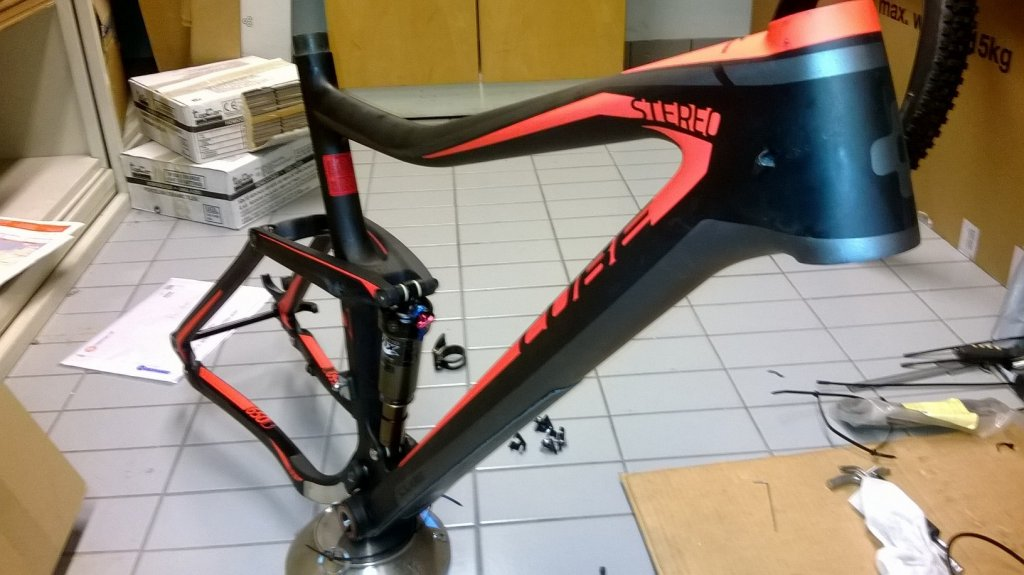 Cube Stereo super hpc SL 27.5 160mm build -> 24.2lbs / 11000g-runko2.jpg