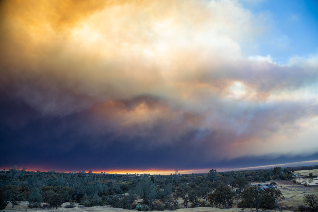 Town of Paradise being evacuated due to Camp Fire 🔥-ryan-mccasland-photo-2.jpg