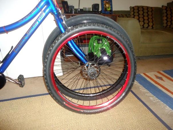 32inch wheeled bikes now at Walmart-s32-29-wheel-14.jpg