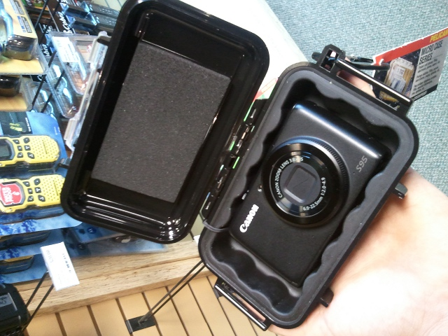 Good cameras for the bike trail-s95-pelican-case.jpg
