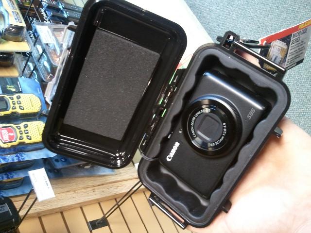 Good cameras for the bike trail-s95-pelican-case.jpg