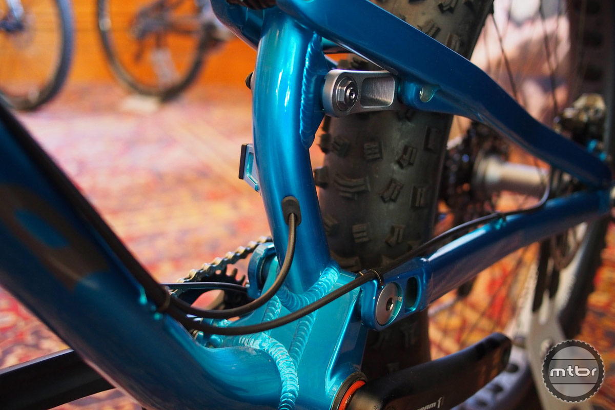 Salsa Bucksaw Cable Routing