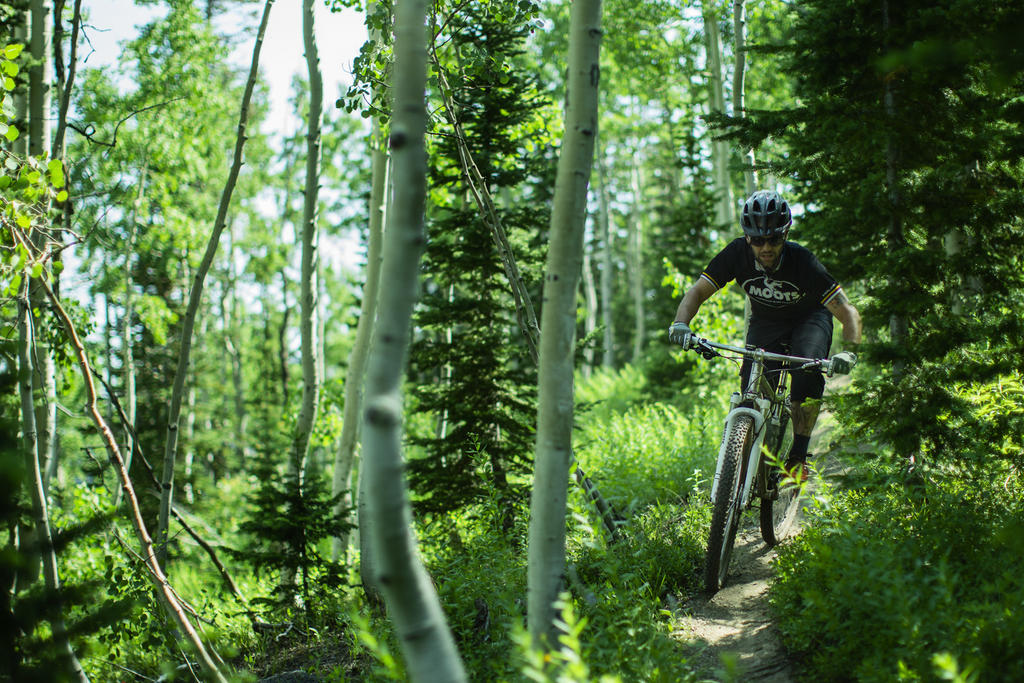 Moots Cycles Accepting Grassmoots Team Applications-sam-mooto-x-ybb-buffalo-pass.jpg