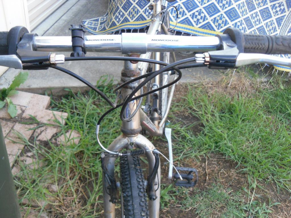 my  mongoose hilltopper mountain bike-sam_2478.jpg
