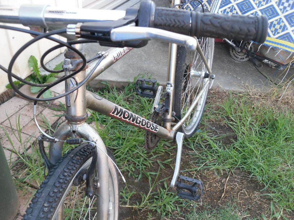 my  mongoose hilltopper mountain bike-sam_2481.jpg