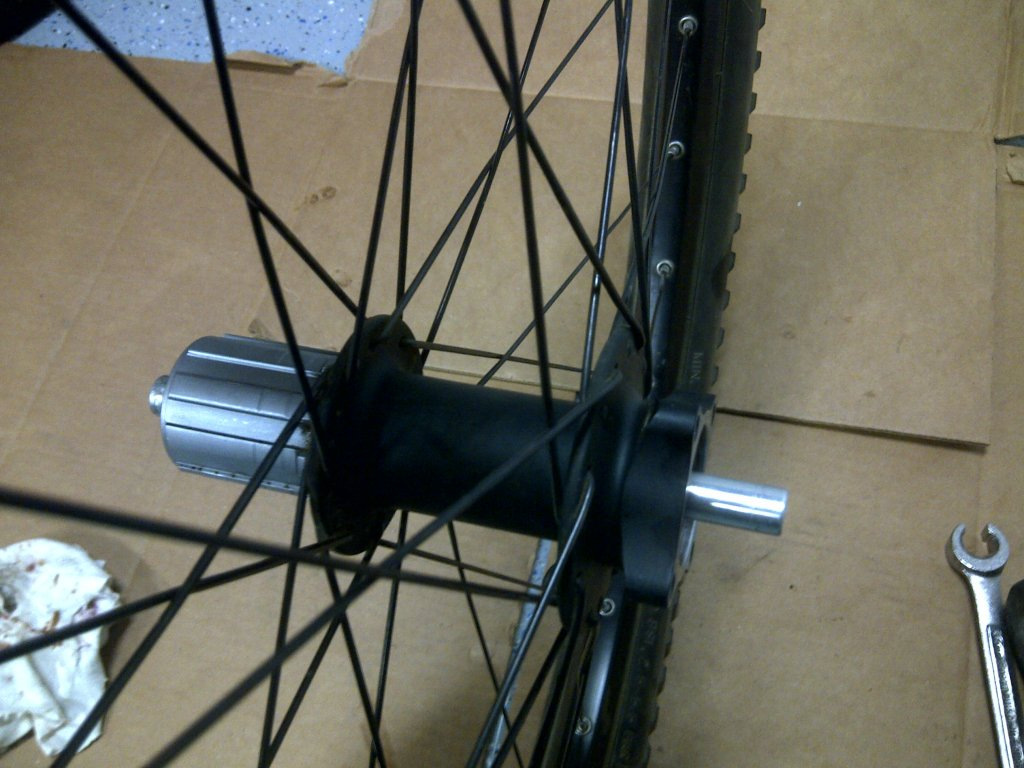 How do I take out the cartridge bearing from my rear hub (Coda Expert)?-san-jose-20130307-01369.jpg