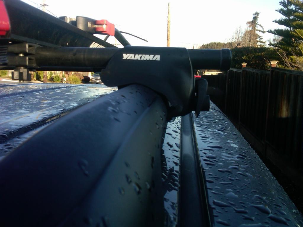 "Yakima LowRiders that ""kinda"" fit my factory rails-san-mateo-20120215-00701.jpg"