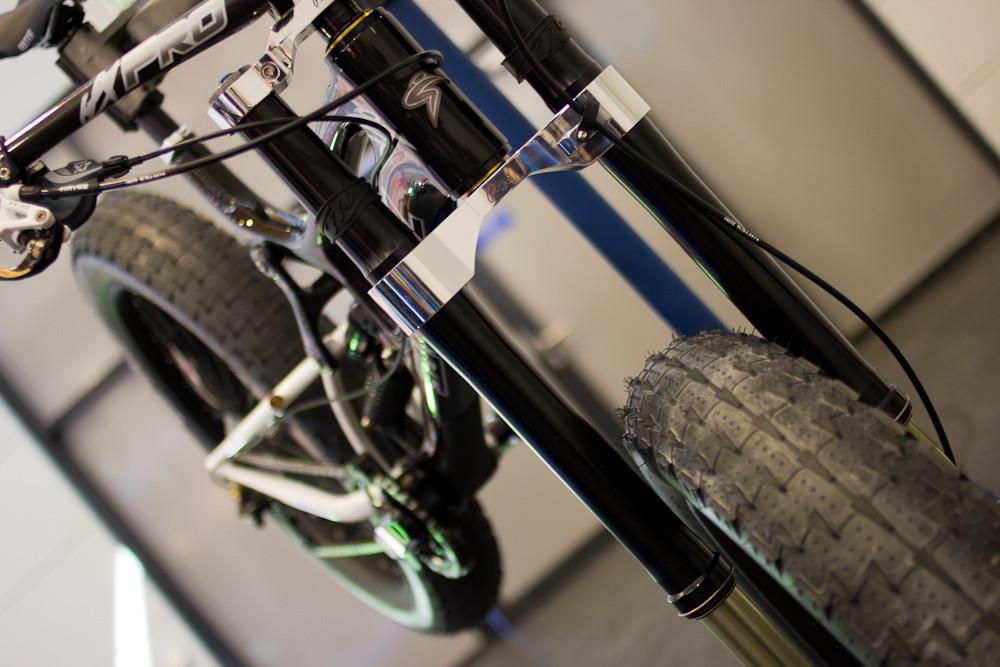 Eurobike 2012-santa-2.jpg