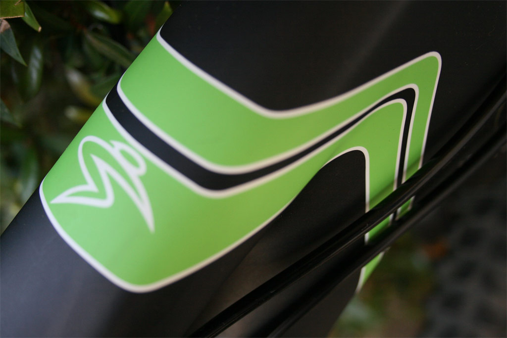 Santa Cruz Blur TRc - Cool graphics!