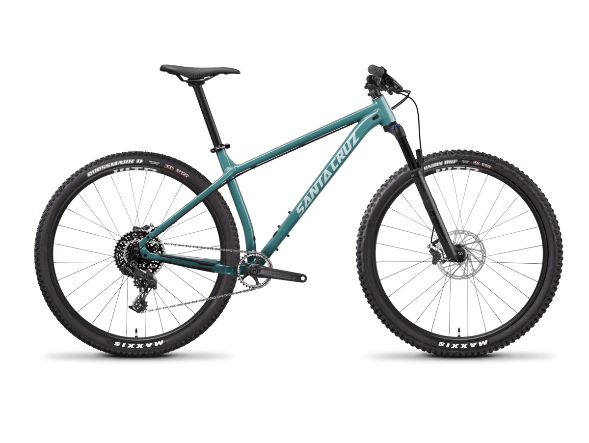 Best Mountain Bikes Under $2000: Santa Cruz Chameleon