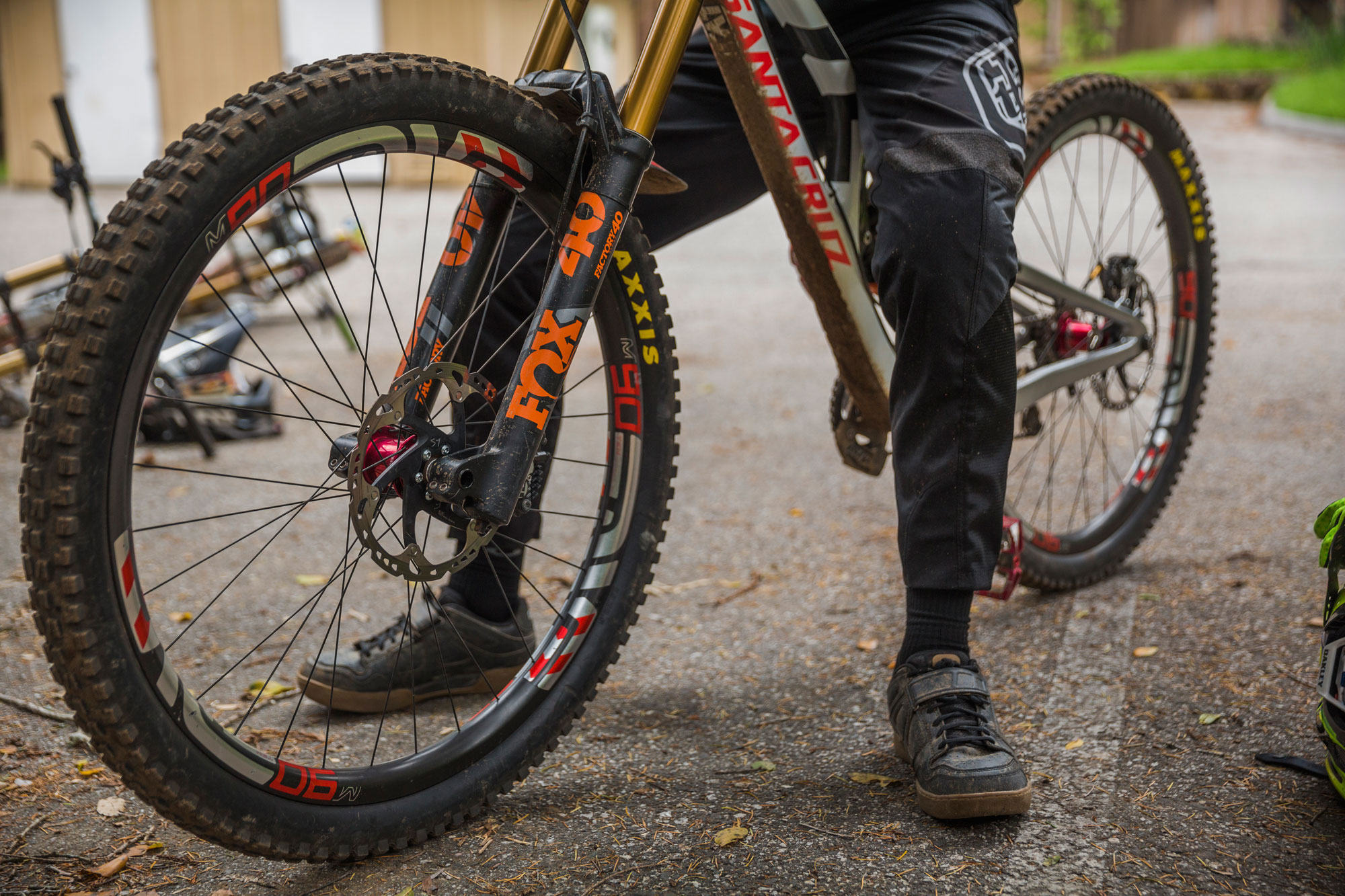"""Will the 29"""" V10 become the defacto bike of choice for the Syndicate or just another weapon in their arsenal?"""