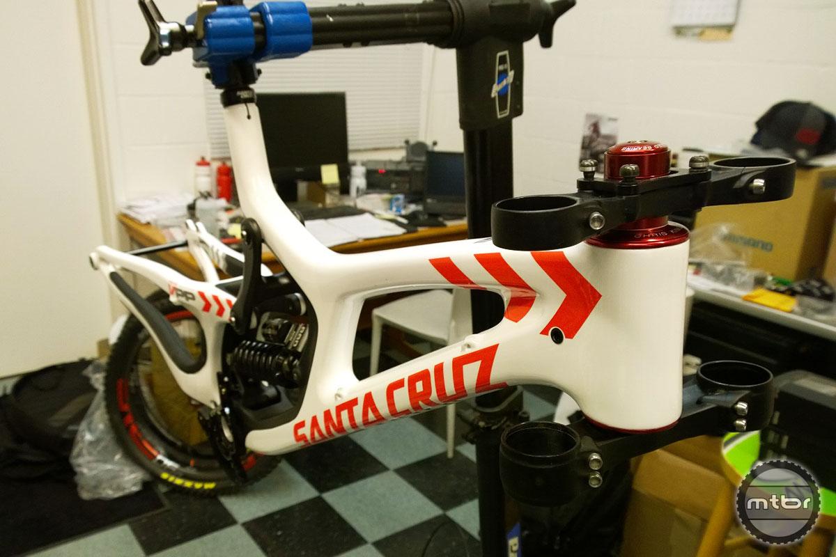 SantaCruz V10 27.5 Graphics