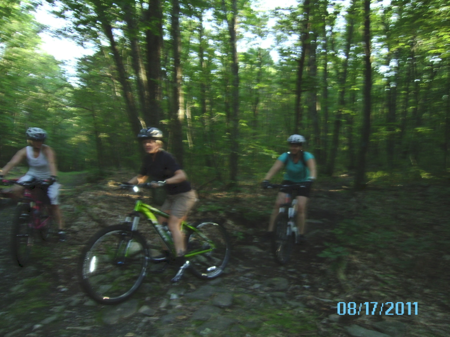 "Wednesday Night Ride @ mOOn 8/17/11 ""NEPMTBA Bark at da mOOn""-sany0227.jpg"