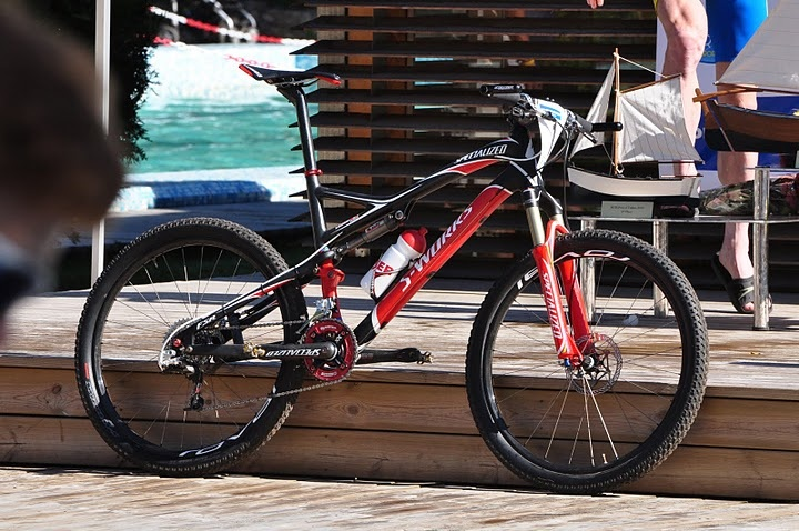 Sworks Epics in Action-sausers-bike.jpg