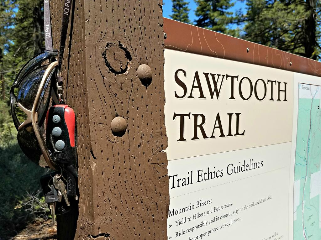 Bike + trail marker pics-sawtooth-sign.jpg