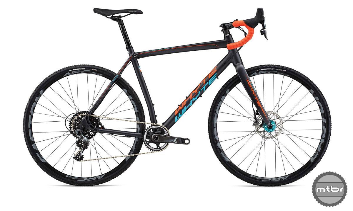 Spec includes Easton ARC-24 tubeless wheels, a carbon fork, a SRAM Force 1x drivetrain and SRAM Force hydraulic disc brakes.