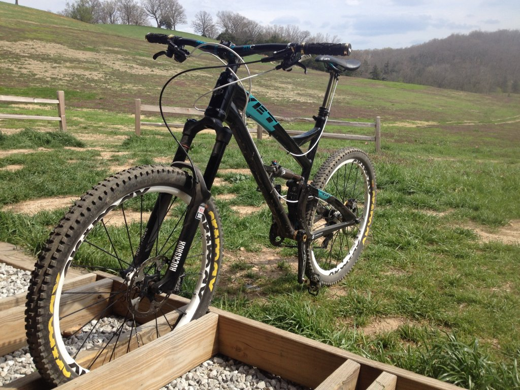 Show us a picture of your 26er MTB that you still use on the trails-sb-665.jpg