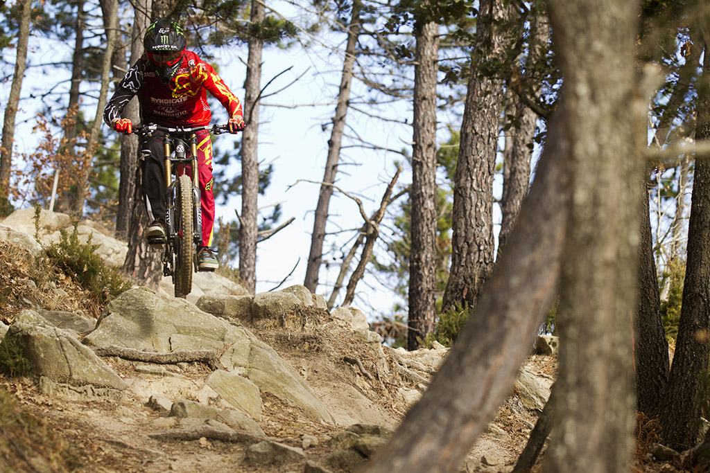 Santa Cruz Bicycles, Greg Minnaar, Steve Peat, Josh Bryceland, Fox, Shimano, O'Neal, Royal