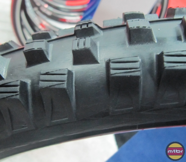 Schwalbe Magic Mary - Side View