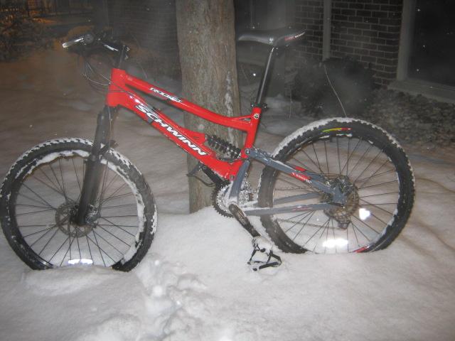 Should I take the plunge and buy this full suspension mountain bike?-schwinn-rocket-snow.jpg