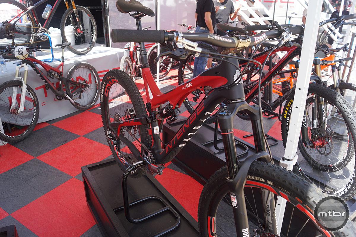 Scorpion Bike Stand ntense