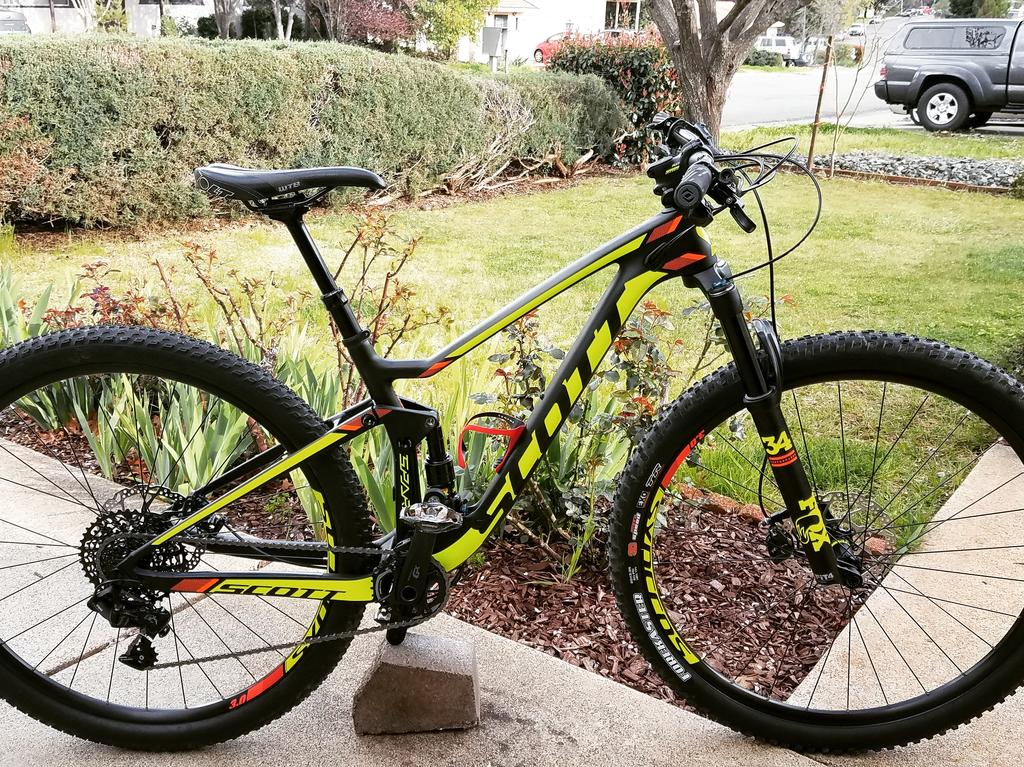 So who plans to get a new steed in 2018?-scott-spark-2017.jpg