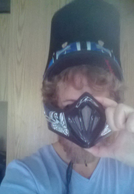 Full face helmet woes-screen-shot-2013-10-06-2.58.34-pm.png