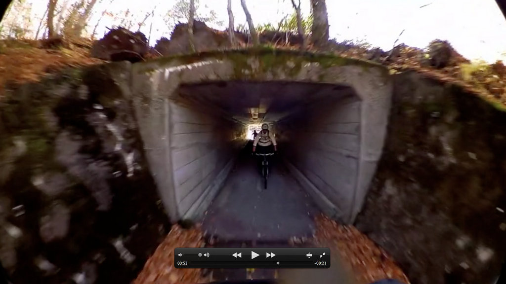 Shimano CM-1000 Screen Grab - Dark Tunnel