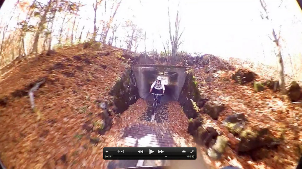Shimano CM-1000 Screen Grab - Exiting Dark Tunnel
