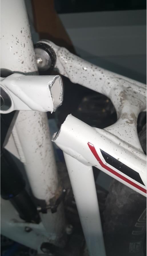 2013 BMC speedfox SF01 damaged/Snapped rear triangle-screen-shot-2016-03-31-11.40.57-am.jpg
