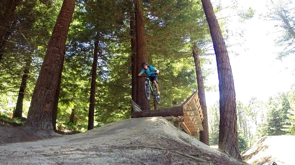 Transition Bikes in midair!-screenshot_2015-12-12-22-38-46%7E03.jpg