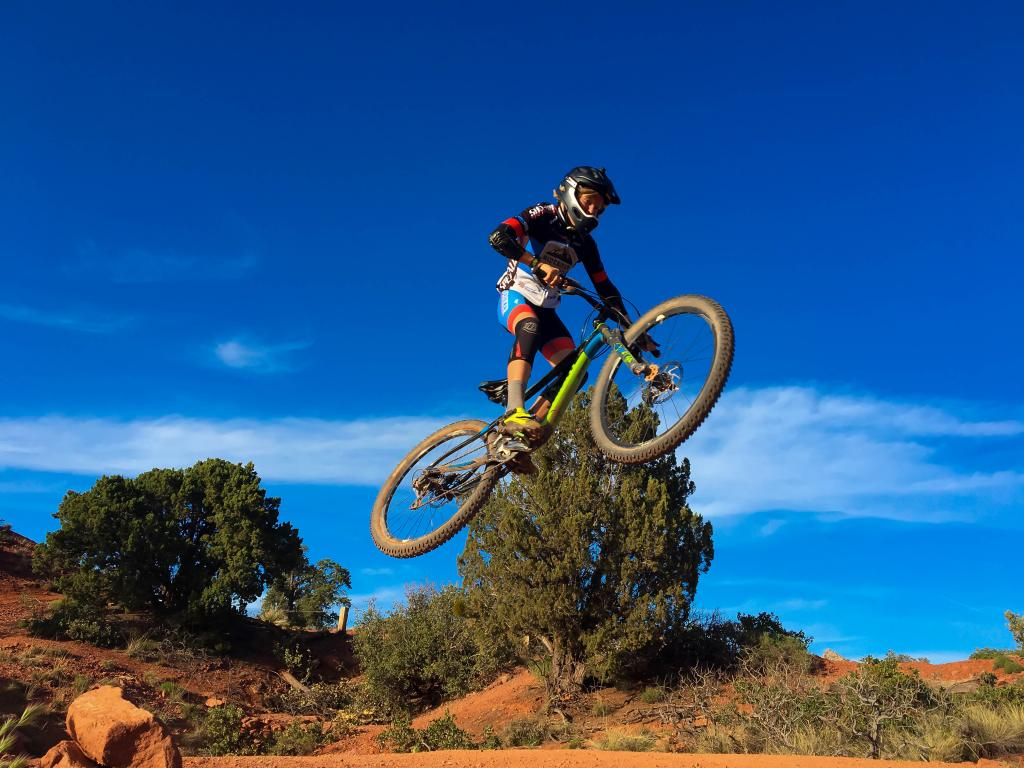 Your Best MTB Pics with the iPhone-sedona_jump.jpg-1-1-.jpg