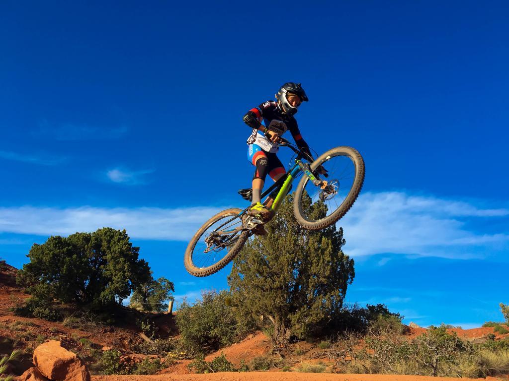 Your Best MTB Pics with the iPhone-sedona_jump.jpg-1-1-.jpg